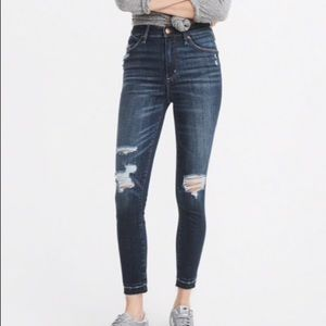 Abercrombie Simone High Rise Ankle Size 25